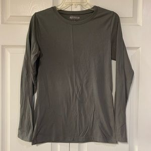 Magellan Long Sleeve Gray T-Shirt